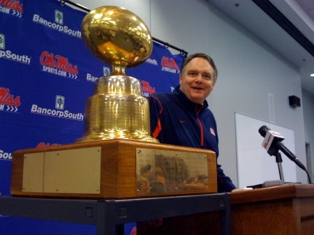 nutt-with-egg-bowl-trophy